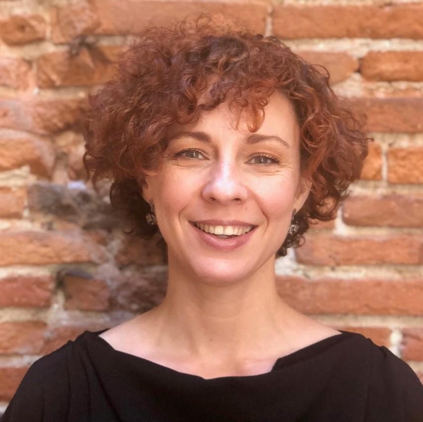 Anne Debreilly